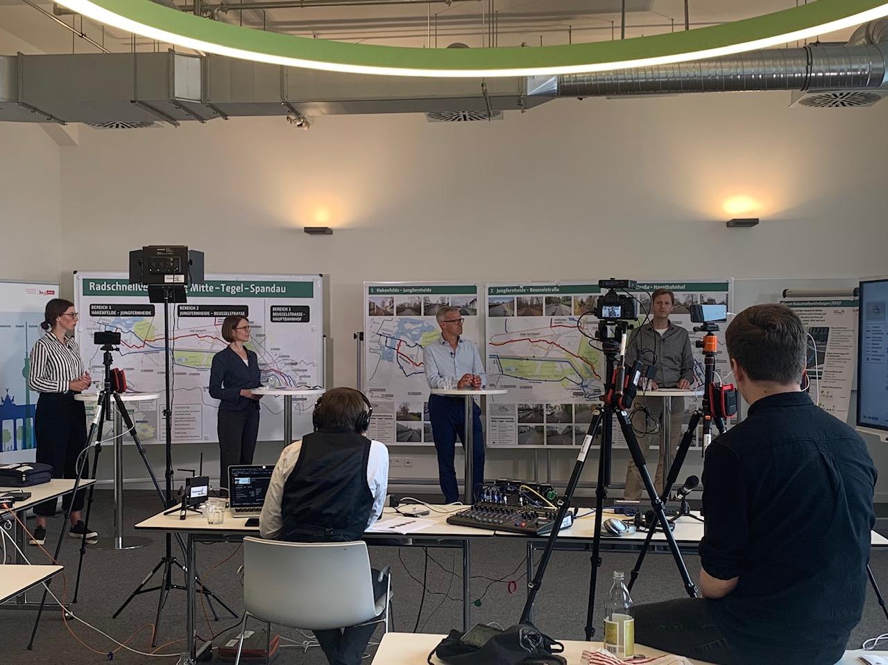 Digital dabei: Livestream mit Umfragen zu Berliner Radschnellverbindungen